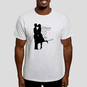 kissinglargetransparent[1] T-Shirt